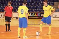 Futsalisté Dukly Hodonín prohráli v úvodním zápase druhé ligy na palubovce Zlína 2:8.