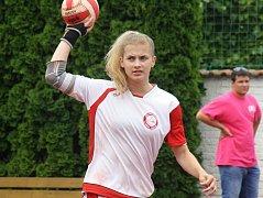 Sedmnáctiletá útočnice Natálie Polanská (na snímku) na mistrovství České republiky dorostenek patří k oporám národních házenkářek domácího Vracova.