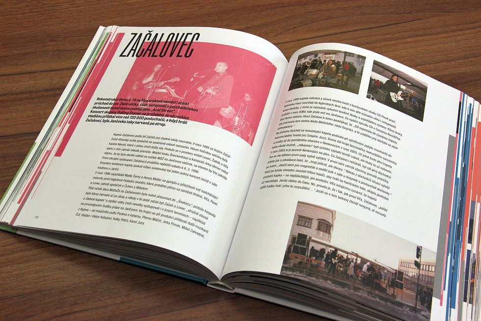 V Kyjově je k dostání publikace mapující šedesát let bigbítu ve městě.