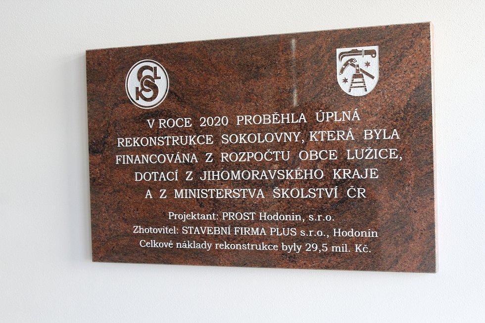 Sokolovna v Lužicích po rozsáhlé rekonstrukci.