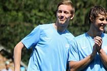 Uhřický útočník Jakub Neumann (vlevo) se blýskl gólem do sítě ligového Jablonce nad Nisou.