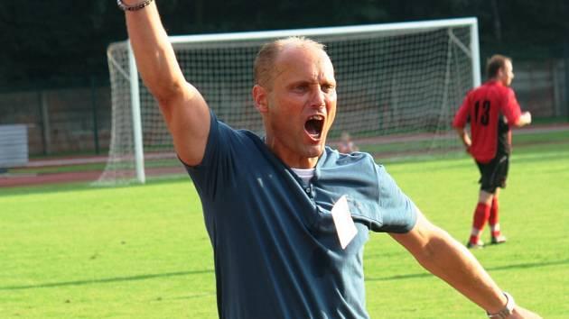 Trenér Kyjova se po angažmá v Mutěnicích, Šardicích, Hodoníně a Kyjově vrací domů.