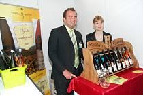 Na vína se zbytkovým cukrem a s nízkým obsahem alkoholu se soustředí sedmadvacetiletý vinař Petr Štěpánek z Mutěnic. Podle něj tajemství dobrého vína spočívá především v kvalitních hroznech a v jejich následném vhodném zpracování.