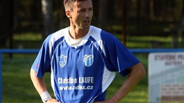 Bývalý ligový hráč Zlína a Slovácka David Šmahaj zatím neví, zda bude ve Vracově hrát i na jaře.