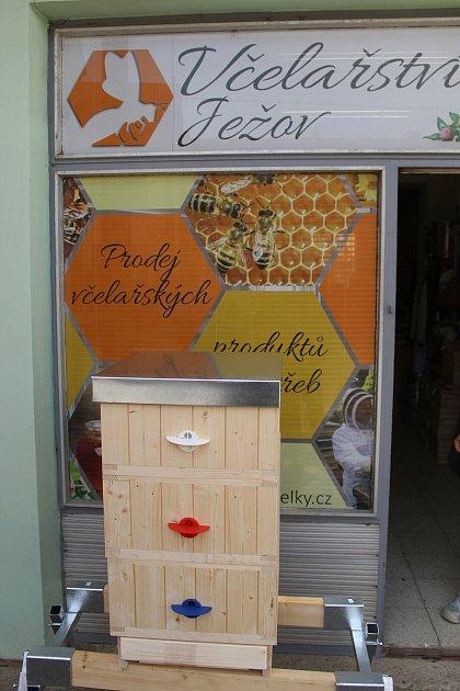 Včelařská prodejna vJežově.