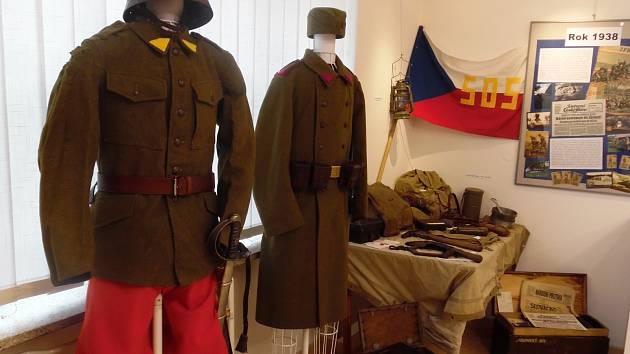 Výstava u příležitosti sedmdesáti let osvobození Hroznové Lhoty.