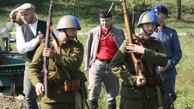 Vojenský den ve strážnickém skanzenu.