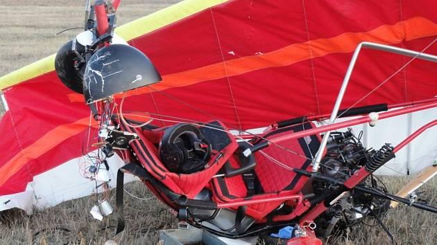Let rogalem skončil tragicky. Muž zahynul po pádu poblíž Mutěnic.