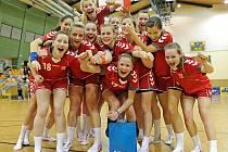 České dorostenky zvládly kvalifikační turnaj a s bilancí dvou výher a jedné porážky postoupily na letošním mistrovství Evropy, které se koná v srpnu v Polsku.