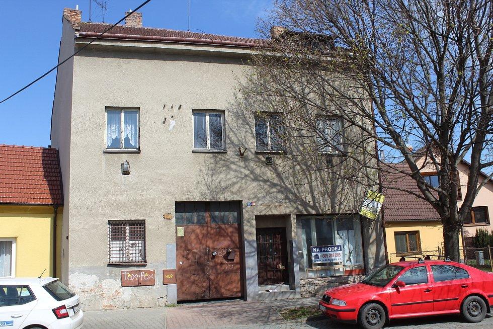 Dům, v němž měl Miroslav Tichý ateliér a kde má vzniknout nová galerie.