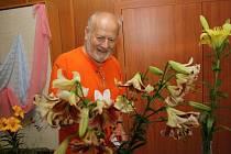 Výstava lilií v hodonínském městské úřadu v Horních Valech.