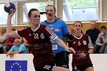 Házenkářky Veselí nad Moravou zakončily sezonu porážkou v Olomouci 22:30. V českém play off byly šesté.