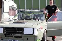 Nejmladší český automobilový závodník Michal Žáček z Křenovic.