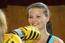Šestnáctiletá studentka Vendula Balgová ze Strážnice se ve volném čase věnuje boxu.