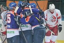 Hodonínští hokejisté ve druhé lize vyhráli po druhé za sebou. Po Břeclavi vyplenili i Opavu, kde triumfovali 3:2.
