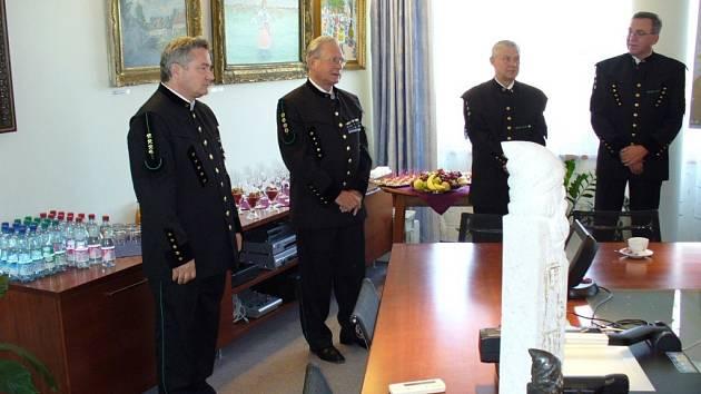 Generální ředitel František Komárek při převzetí ceny