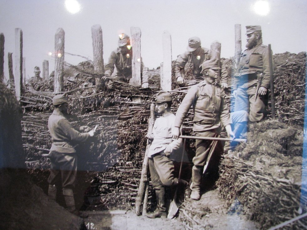 První světová válka. Smrt, bída, utrpení a mírová naděje