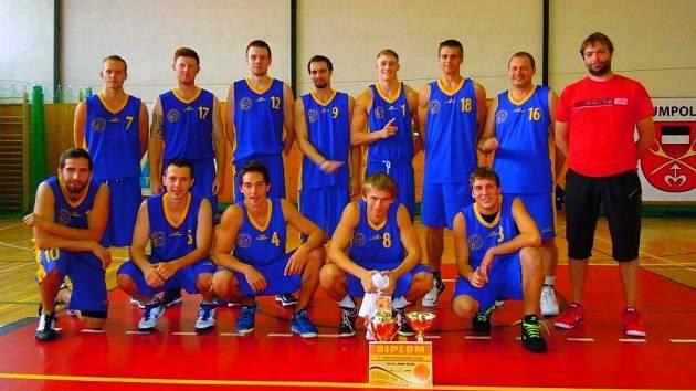 Basketbalisté Kyjova ovládli kvalitně obsazený dvoudenní turnaj v Humpolci.