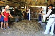 Muzeum vesnice jihovýchodní Moravy připravilo pro návštěvníky program Dožínky.