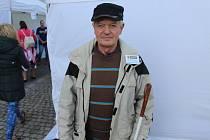 Josef Hudeček, střelec a organizátor turnaje v simulované zvukové střelbě pro zrakově postižené v Kyjově.