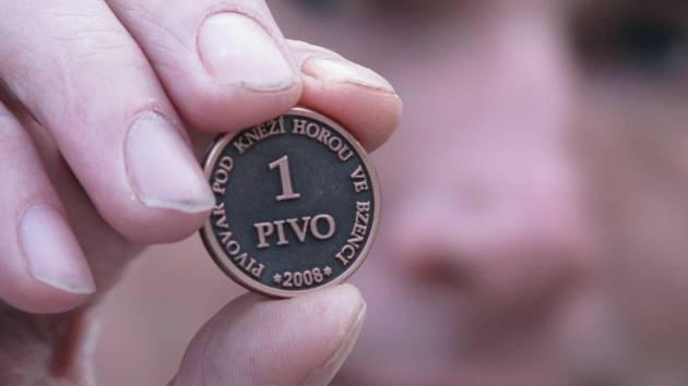 Upomínková mince Kněžihorského pivovaru.