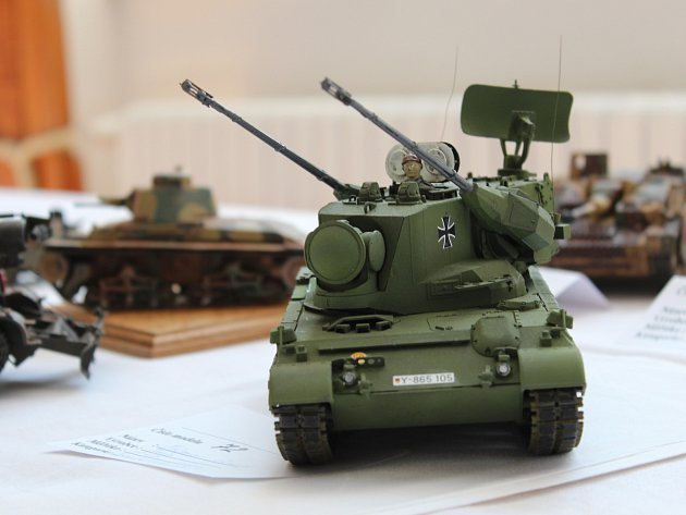 Soutěžní výstava plastikových a papírových modelů Strážnický korbáč 2015.