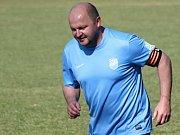 Hrající trenér Uhřic Tomáš Valihrach (na snímku) byl po nedělním domácím zápase s břeclavskou rezervou velmi spokojený.