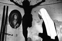 Jindřich Štreit představí významný soubor fotografií Brána naděje, jehož spojujícím motivem jsou duchovní cesty víry.