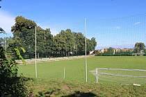 Fotbalové hřiště v Dubňanech, které vlastní Sokol.