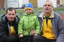 Trenér Jaroslav Řezáč (na snímku vpravo)  se vrátil zpět do Hodonína. Fotbalistky Nesytu povede s tradičním parťákem Janem Dohnálkem.