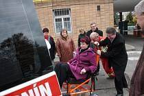 Hodonínská nemocnice představila novou sanitku i další novinky.