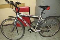 Ukradené horské kolo je k vyzvednutí na hodonínské policejní služebně.