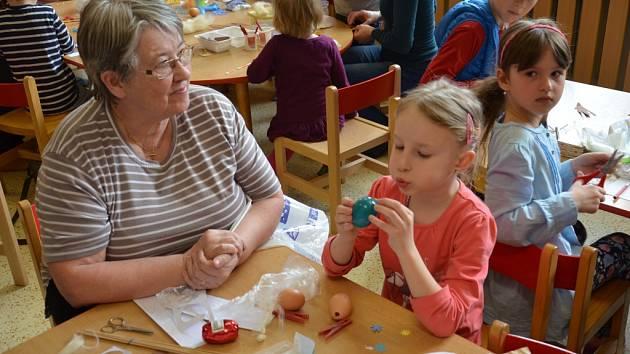 Děti se ve školce připravovaly na svátky jara.