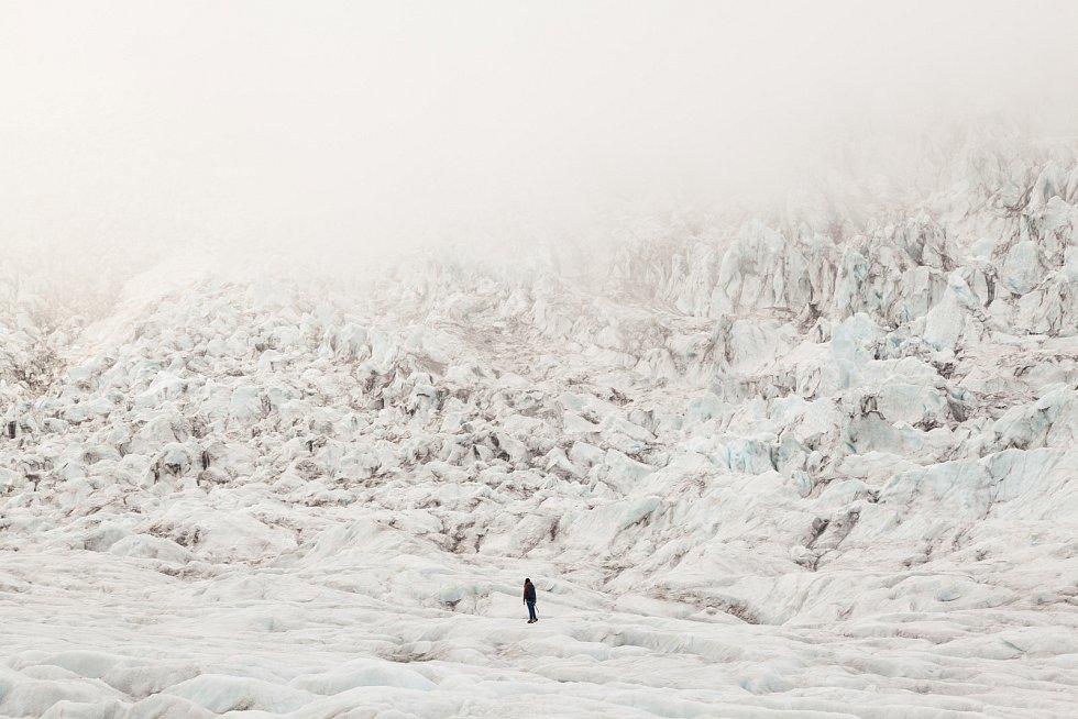 Kateřina Šardická z Čejče pracuje na Islandu jako Glacier Guide