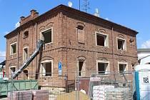V domě v kyjovské Riegrově ulici vznikne po rekonstrukci deset malometrážních bytů.