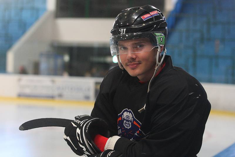 Druholigoví hokejisté Hodonína v pondělí zahájili přípravu na novou sezonu.