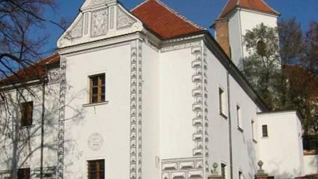 Kyjovský renezanční zámeček nahradil koncem 16. století dřívější tvrz