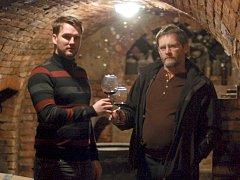 Osmadvacetiletý vinař Jakub Čevela pracuje především s tradičními odrůdami révy vinné. Plánuje ale také vysadit novošlechtěnce či výstavbu nového sklepa.