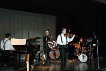 Jazzový koncert Jazzofon býval v minulých letech tématicky spjatý, například s Mikulášem. FOTO: Archiv pořadatele