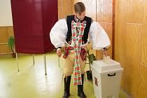 Volby krojovaných ve Vřesovicích na Hodonínsku.