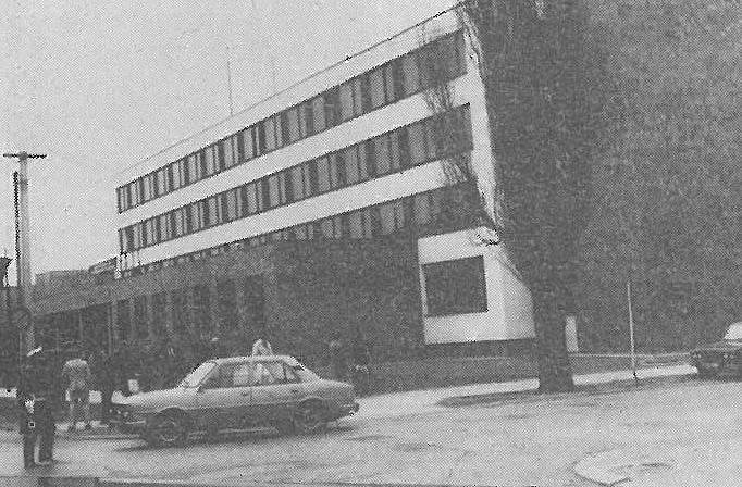 PŘED 30 LETY. Sídlo okresního výboru KSČ v Hodoníně krátce po otevření v březnu 1983.