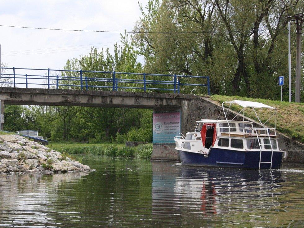 V petrovském přístavu odemčeli Baťův kanál a zahájili první plnohodnotnou sezonu.