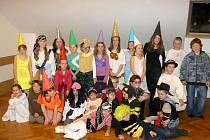 Děti z Tvarožné Lhoty slaví úspěchy při představeních, která nacvičují v dramatickém kroužku.