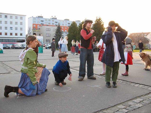 Děti z Veselského Domečku přivítaly jaro obrazem Josefa Lady