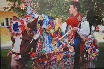 Městské muzeum ve Veselí nad Moravou přináší výstavu fotek věnovanou zvykům a tradicím.