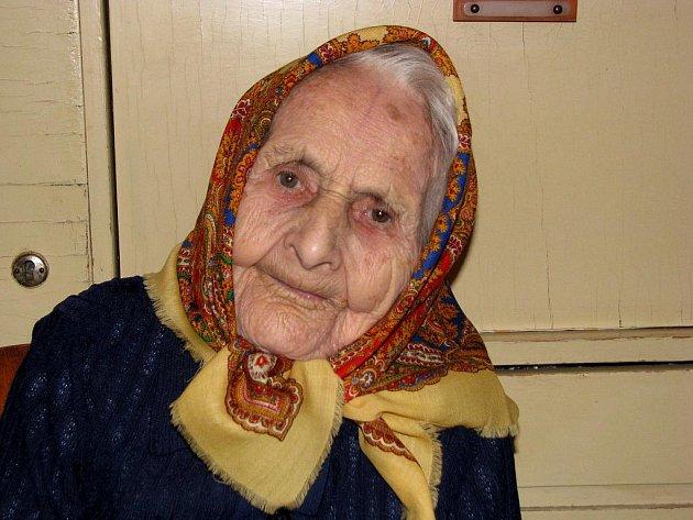 Nejstarší žena okresu i kraje Mária Koláčková z Rohatce odvolila.