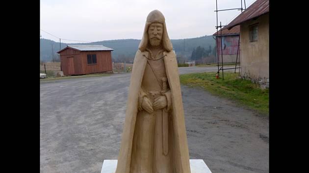 Socha knížete Rastislava na vrchu Náklo.