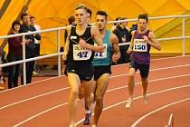 Hodonínský běžec Filip Sasínek si na pražském Strahově podmanil Akademické mistrovství České republiky. Osmistovku zaběhl za 1:49,06 minuty.