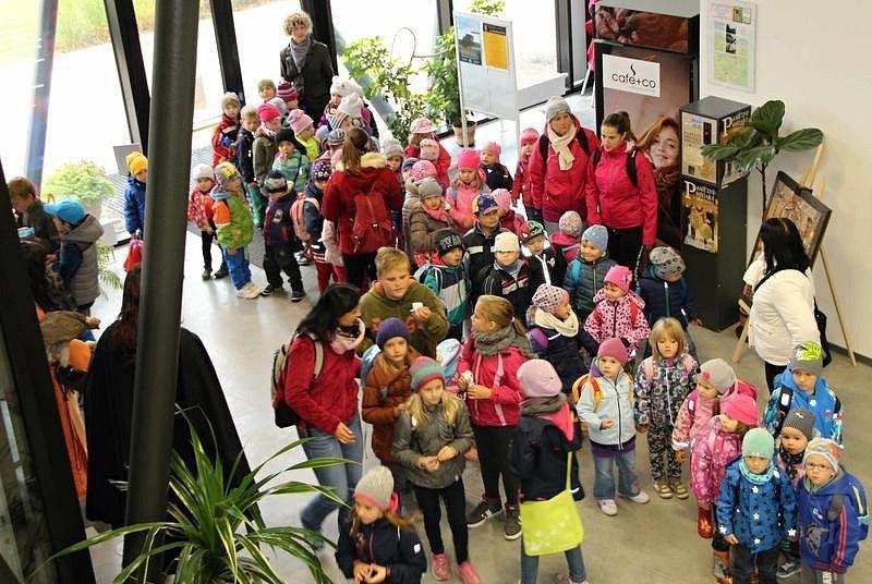 Na Slovanském hradišti v Mikulčicích uzavřel čtyřdenní program letošní sezonu. Ta uvítala celkem přes čtyřicet tisíc návštěvníků.