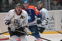 Hodonínští hokejisté nedovolili Frýdku-Místku skórovat. Střelecky se neprosadil ani Marek Ivan (na snímku).